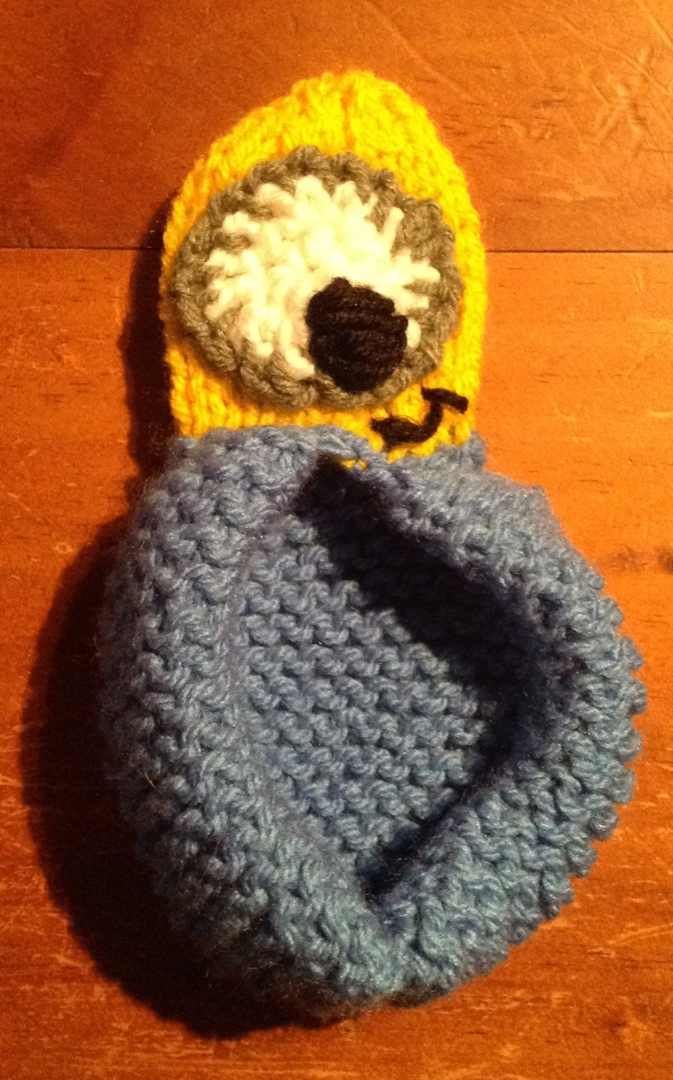 Despicable Me Minion Slippers   Knitting Pattern The Knit Guru
